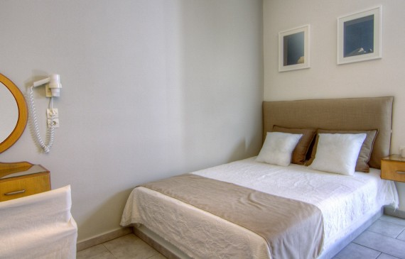 Ios Avanti Double Room